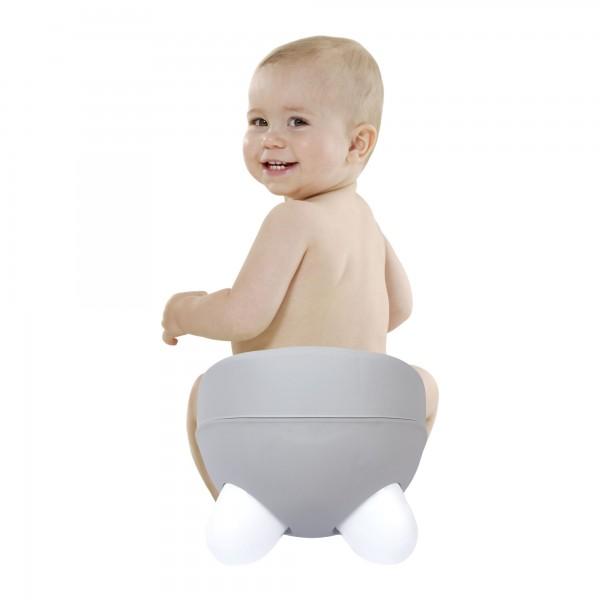 Sevimli Sağlıklı Bebek Lazımlık